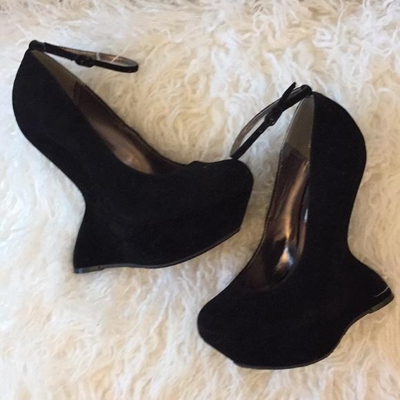 479073fffab Steve Madden GRAVITYY Wedge heels. M 5b8208399e6b5bf5e72ff324